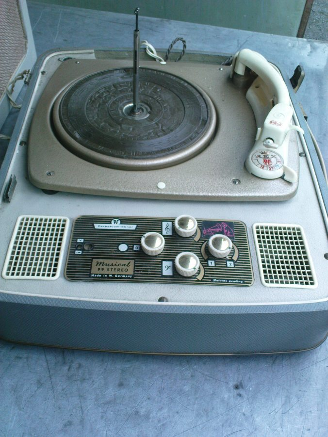 PERPETUUM EBNER gramphone 1
