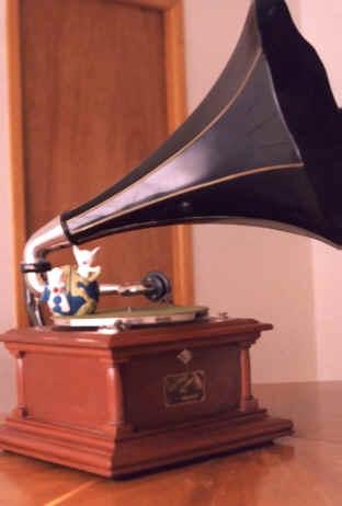 stari-gramofon-1