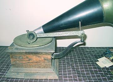 stari-gramofon-4