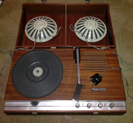 gramafon TRAVIATA b