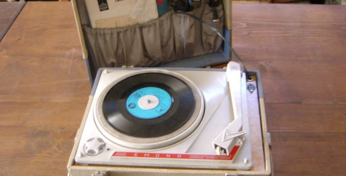 gramofon ISKRA Emona 1