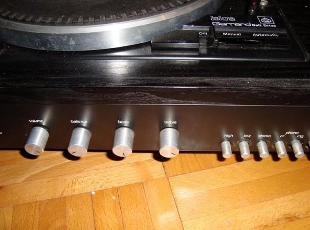 gramofon ISKRA Garrard
