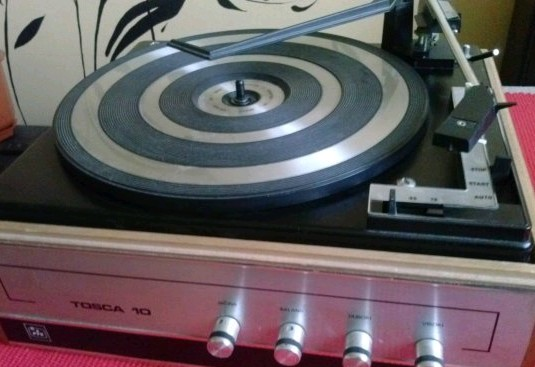 gramofon RIZ TOSCA 10 BSR 1