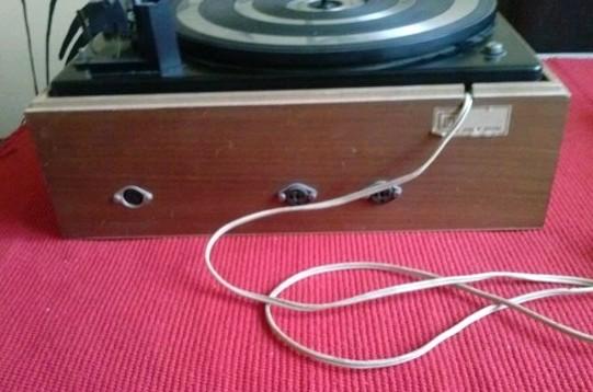 gramofon RIZ TOSCA 10 BSR 3