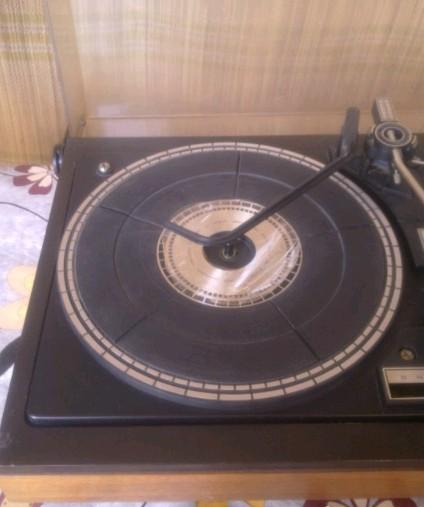 gramofon Tosca 21 RIZ Elak 3